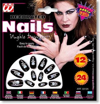 Black Fingernails with Skull Design