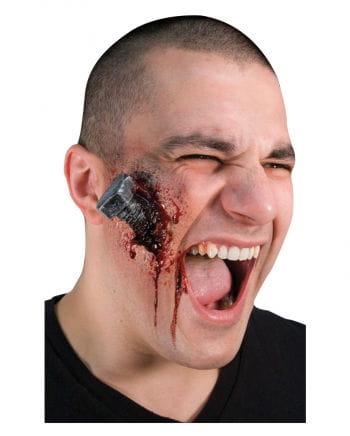 Blutige Schrauben Wunde