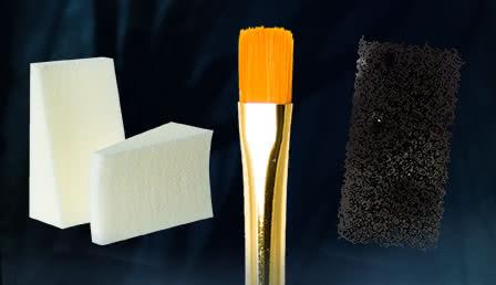 Makeup Brushes & Sponges