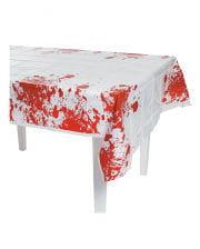 Blutbespritzte Tischdecke