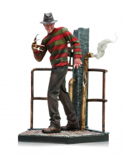 Freddy Krueger - Nightmare On Elm Street Figure 1:10 DELUXE
