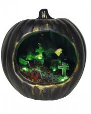 Schwarzer Halloween Kürbis mit Hexen Szenario