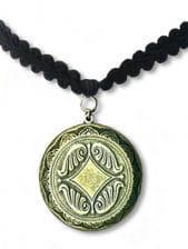 Choker medallion
