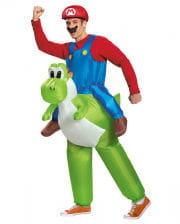 Super Mario rides Yoshi costume