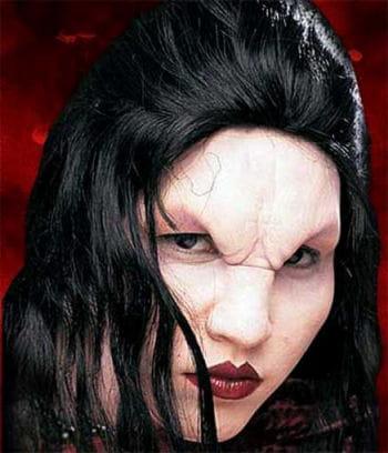 Drusilla Foamlatex mask