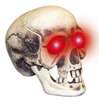 Skull with Flashing LED Eyes