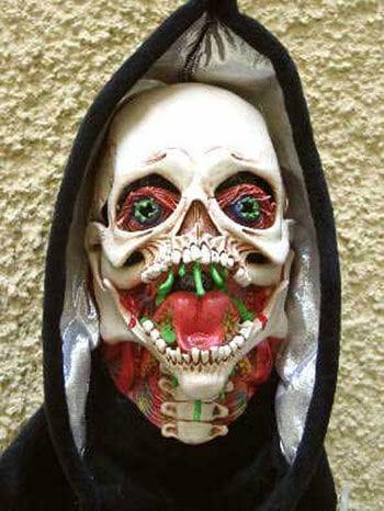 Living Skull Mask