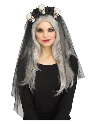 Schwarzer Brautschleier mit Totenköpfen