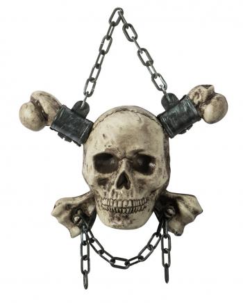 Totenschädel mit Knochen als Hängedeko